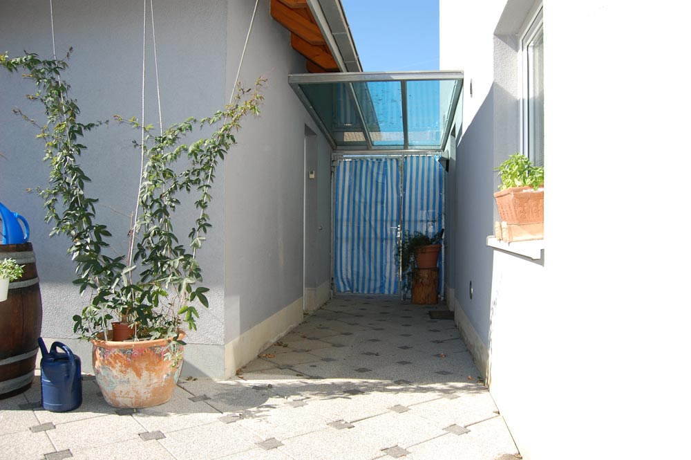 jenne d lter immobilien immobilien in freiburg und umgebung wohnhaus mit doppelgarage und. Black Bedroom Furniture Sets. Home Design Ideas